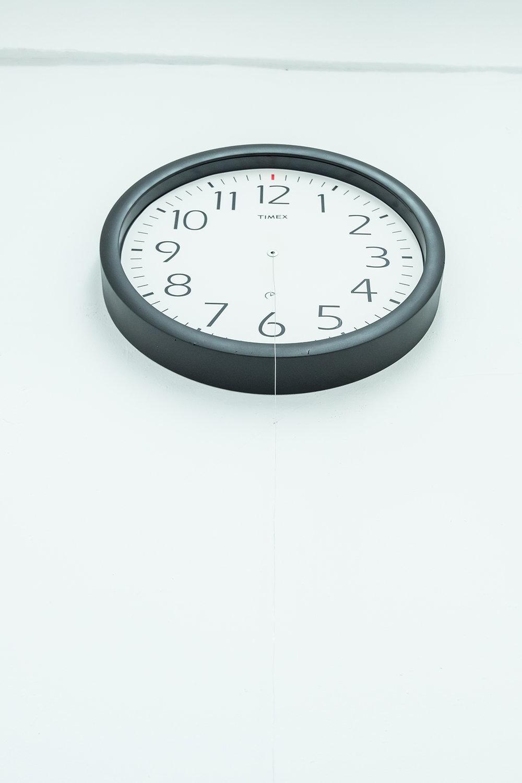 Angel Poyón / Dia verde (Detalle) / Reloj y zapato / Medidas Variables