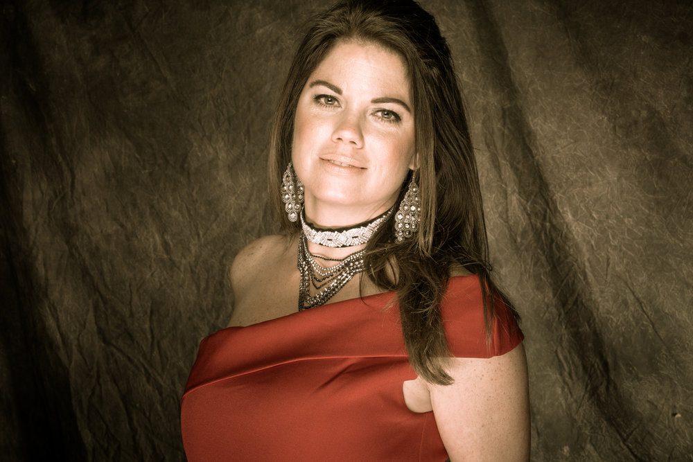 The Music Of Nashville Cast Angela Oliver