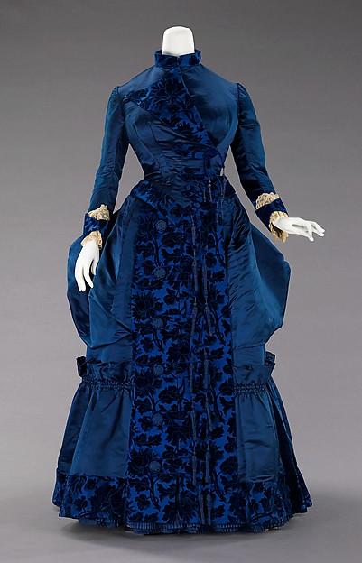1880s dress 2.jpg