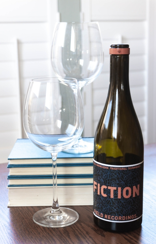 5 Gifts for Book Lovers | Literary-inspired wine
