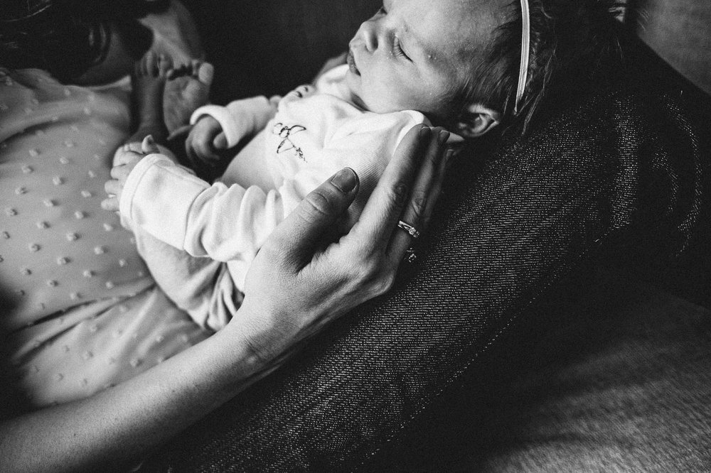 erie-pa-newborn-lifestyle-photogtapher.jpg