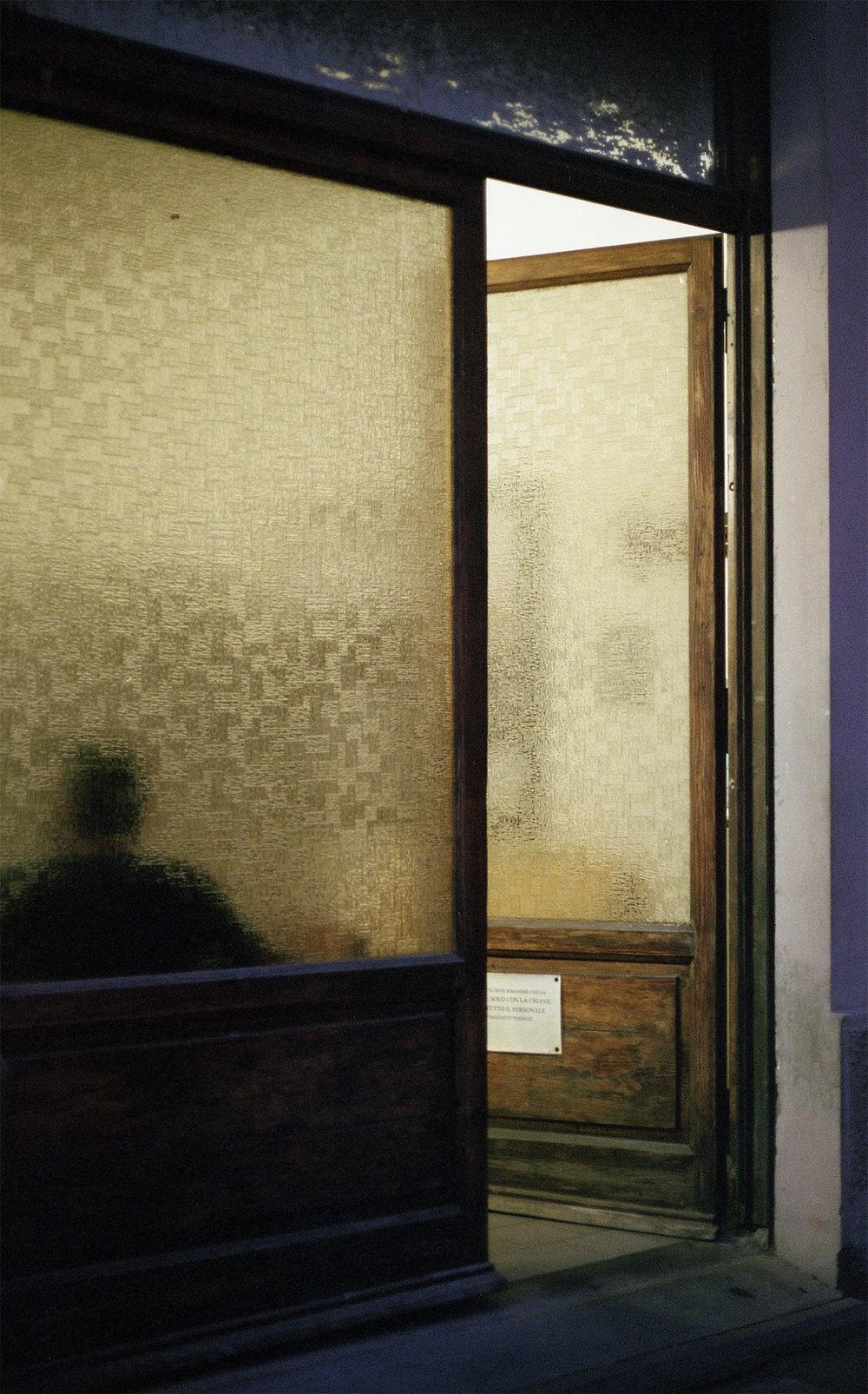 windowpiombinocleaned.jpg
