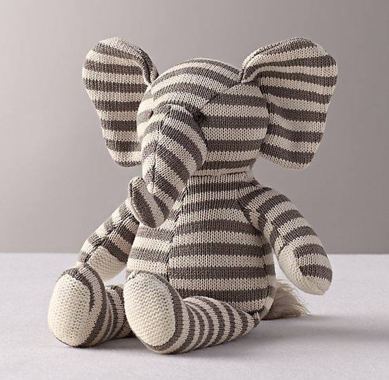 4 - There is no better way than to look for small stuffed animals to decorate shelves or furniture.