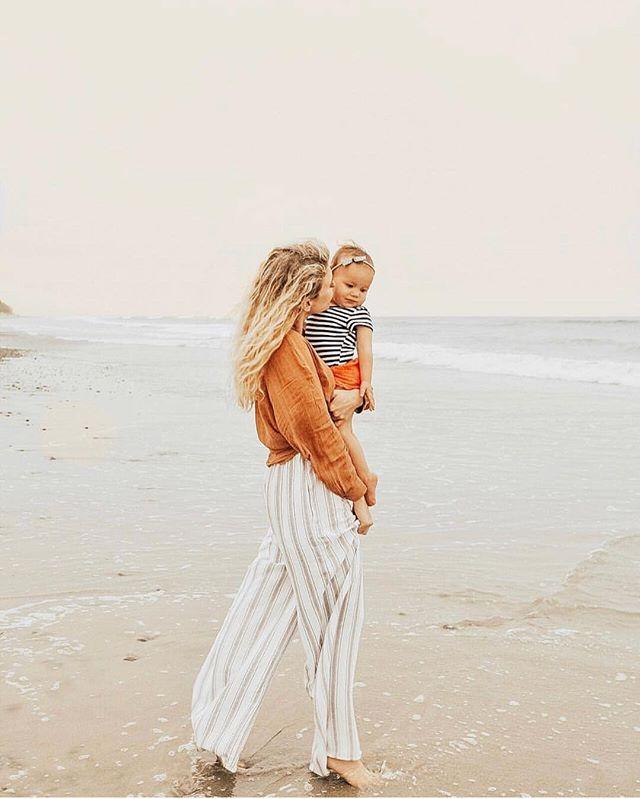 never too cold for a beach walk — @lindsytipa #momswelove
