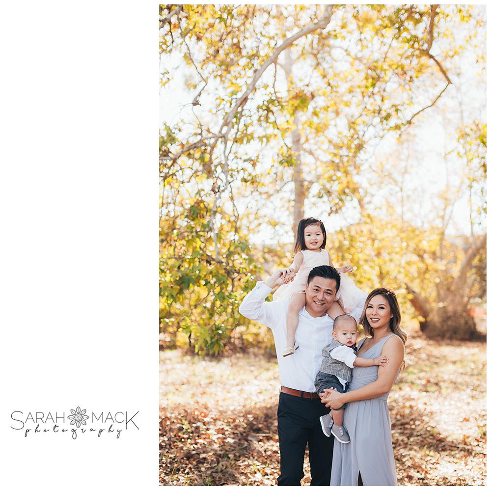 04-James-Dilley-Preserve-Laguna-Beach-Family-Photography..jpg