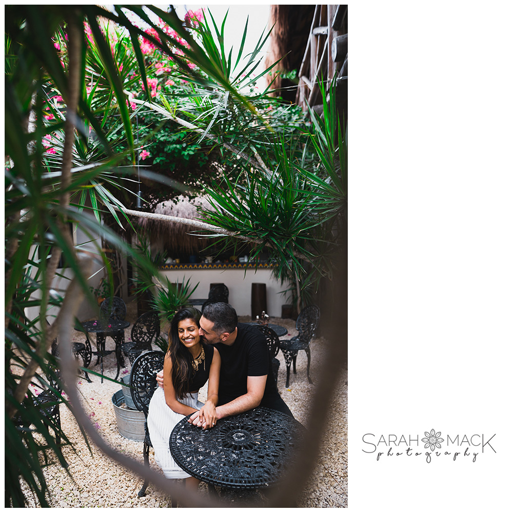 01-Tulum-Mexico-Destination-Engagement-Photography.jpg