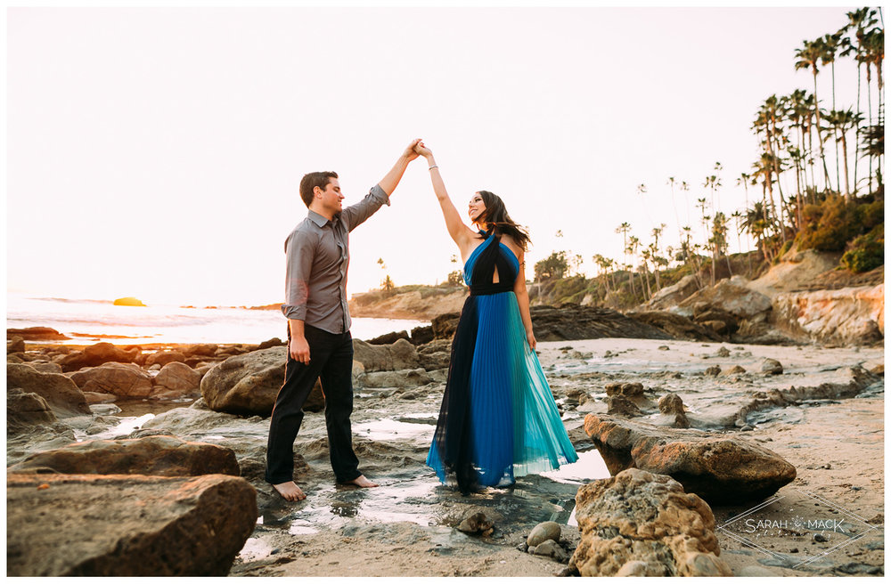 LJ-Laguna-Beach-Engagement-Photography-11.jpg