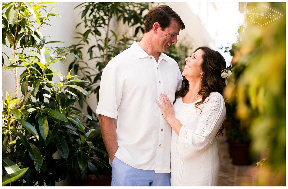 AD-Lido-Island-Newport-Beach-Intimate-Wedding-Photography-11.jpg