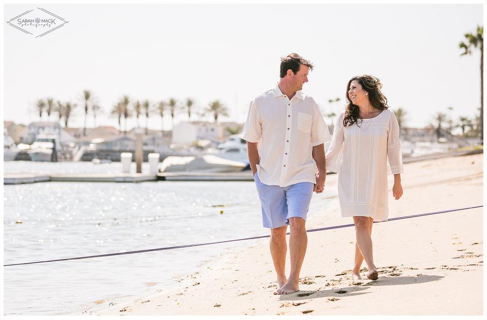 AD-Lido-Island-Newport-Beach-Intimate-Wedding-Photography-13.jpg