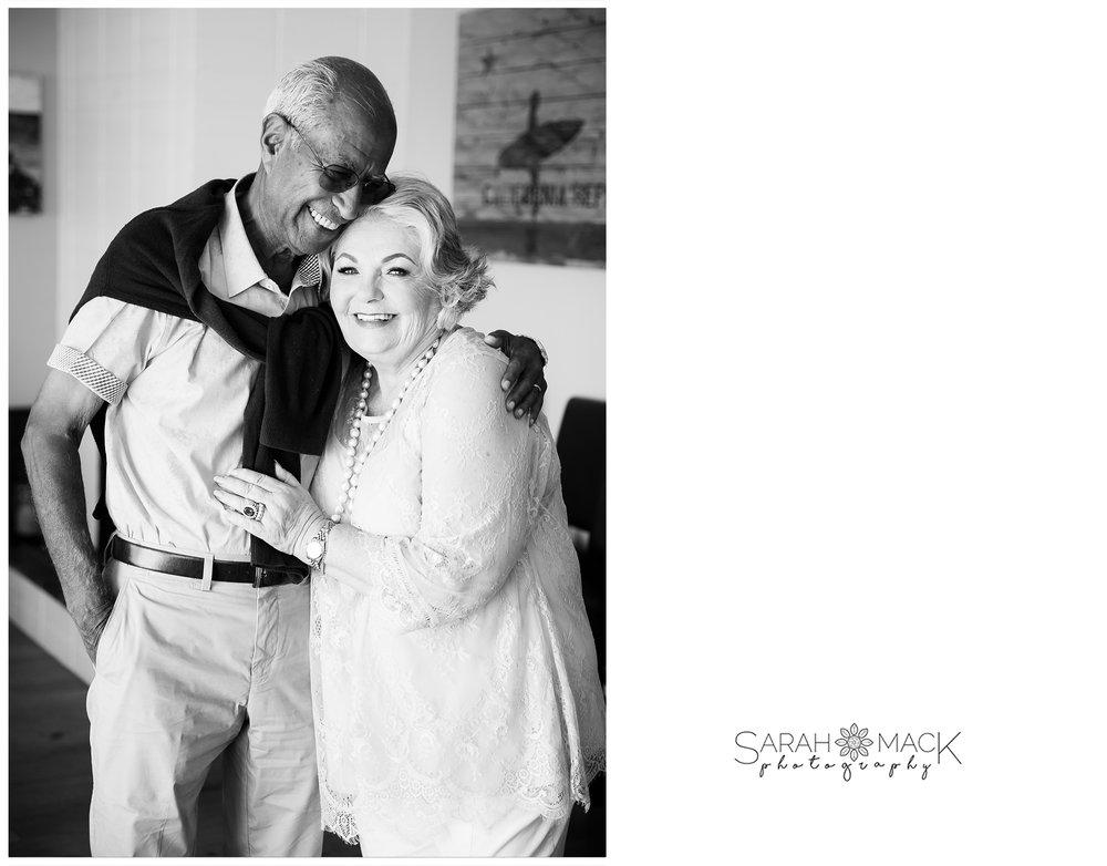 AD-Lido-Island-Newport-Beach-Intimate-Wedding-Photography-15.jpg