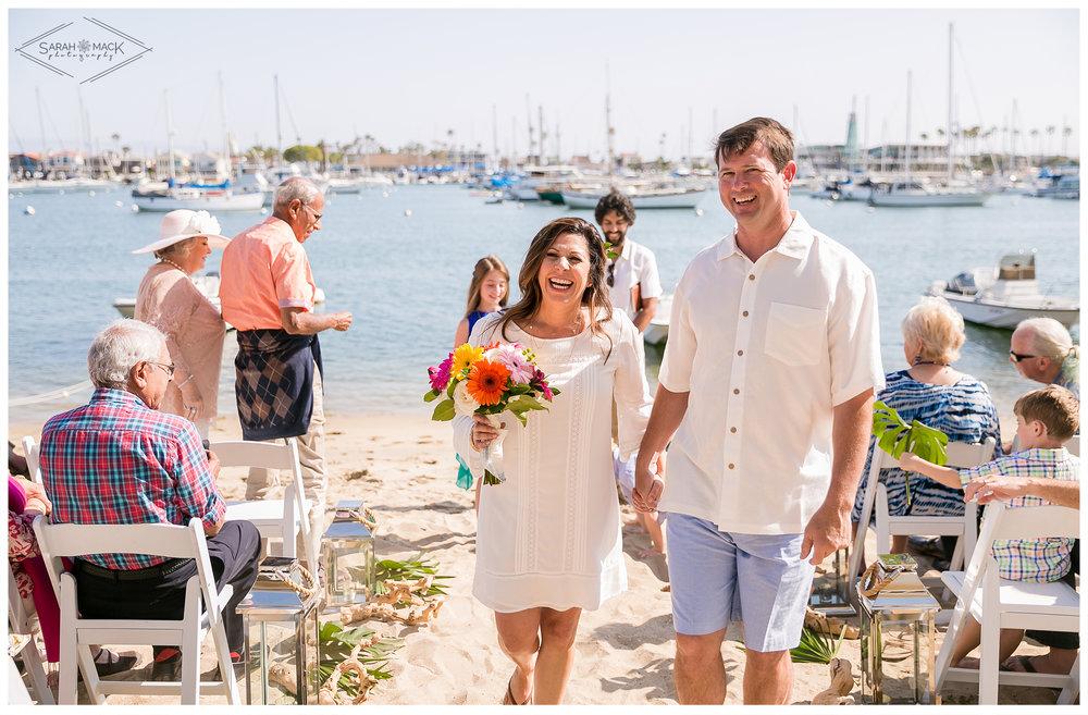 AD-Lido-Island-Newport-Beach-Intimate-Wedding-Photography-20.jpg