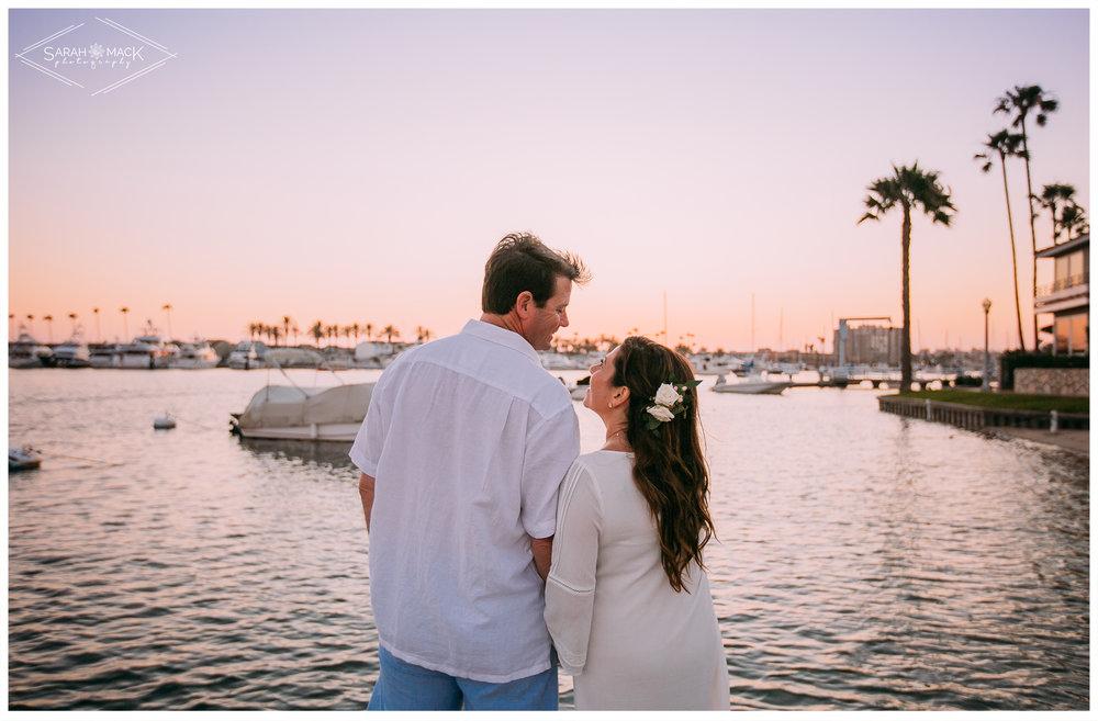 AD-Lido-Island-Newport-Beach-Intimate-Wedding-Photography-36.jpg