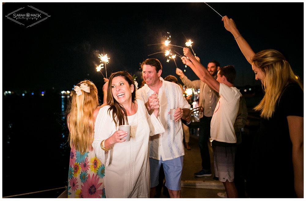 AD-Lido-Island-Newport-Beach-Intimate-Wedding-Photography-44.jpg