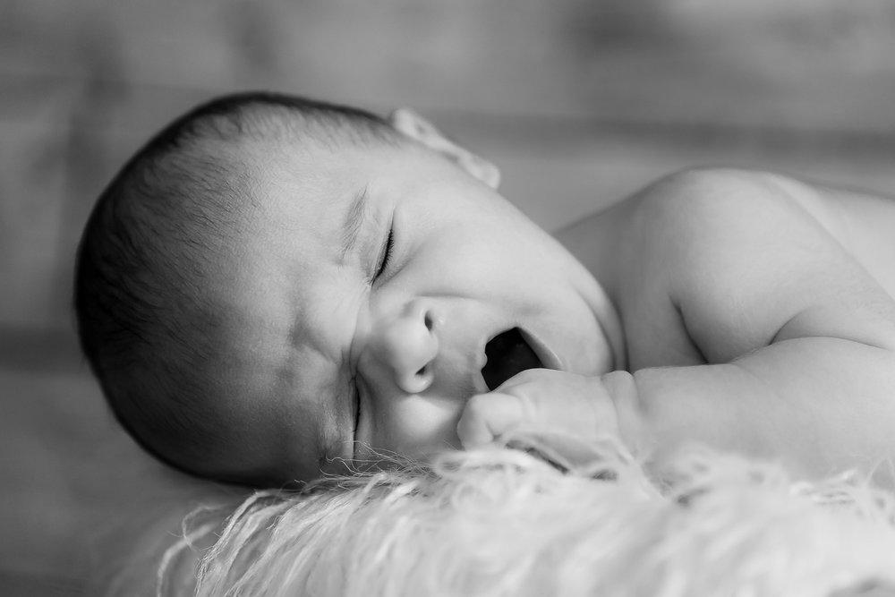4_NB_Cera_Mack_Orange_County_Newborn_Family_Photography_-2.jpg