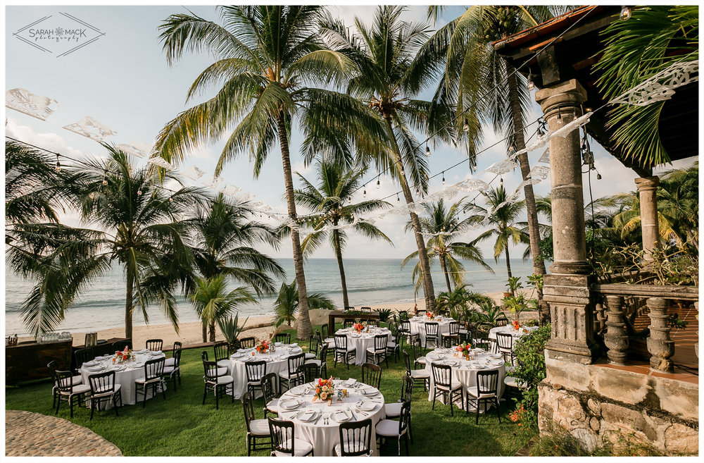 ES-Flor-de-Playa-Sayulita-Wedding-Photography-52.jpg
