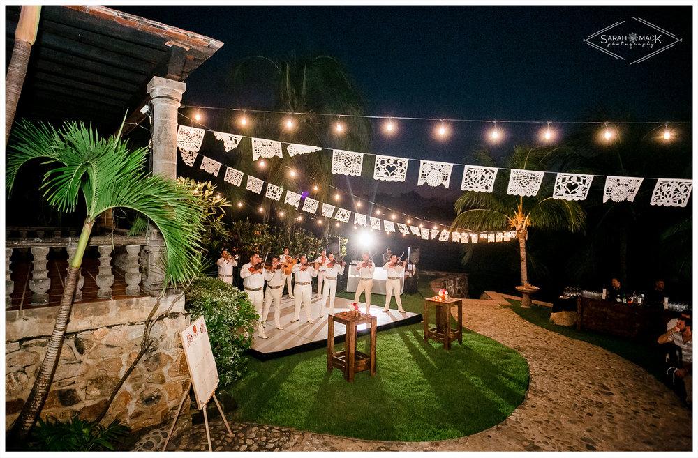 ES-Flor-de-Playa-Sayulita-Wedding-Photography-59.jpg