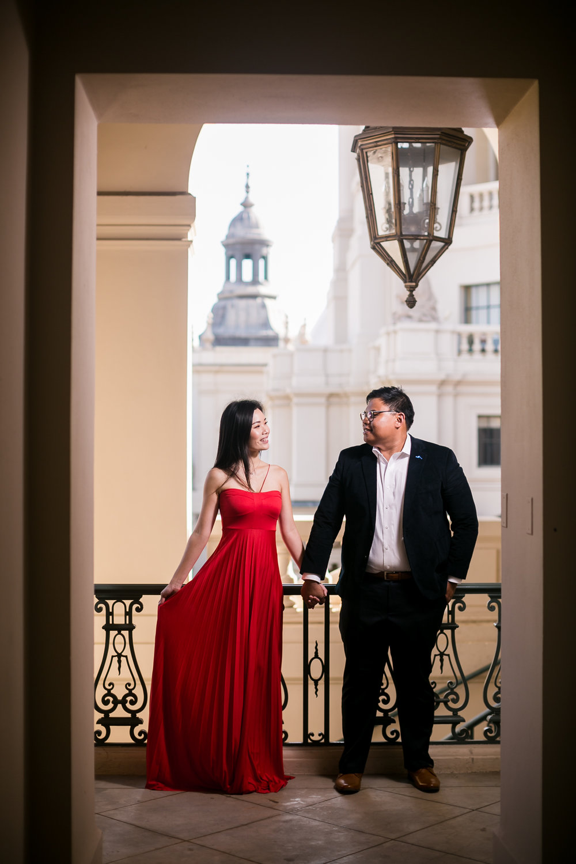 CM-Pasadena_City-Hall-Engagement-Photography-0003.jpg