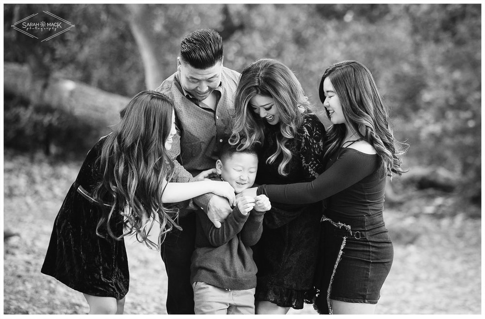 C-Irvine-Regional-Park-Family-Photography-2.jpg