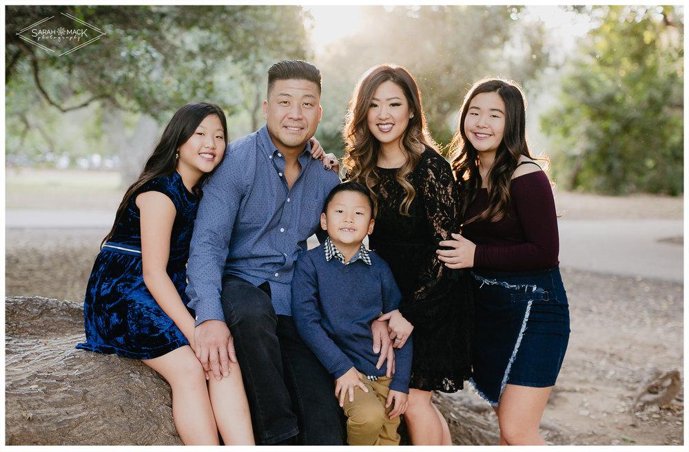 C-Irvine-Regional-Park-Family-Photography-4.jpg