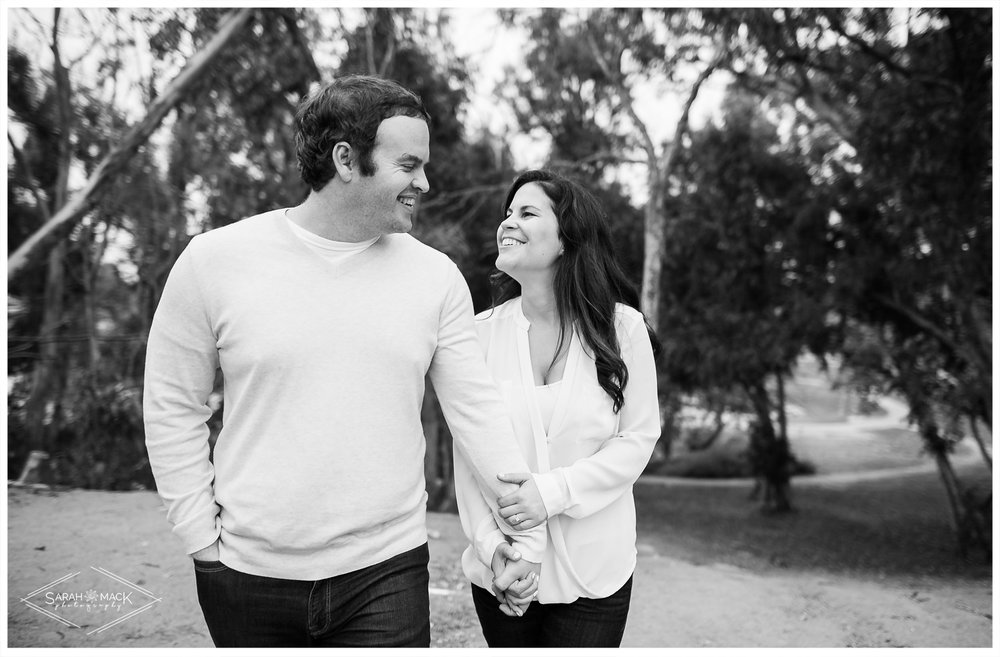 AM-Huntington-Beach-Central-Park-Engagement-Photography-12.jpg