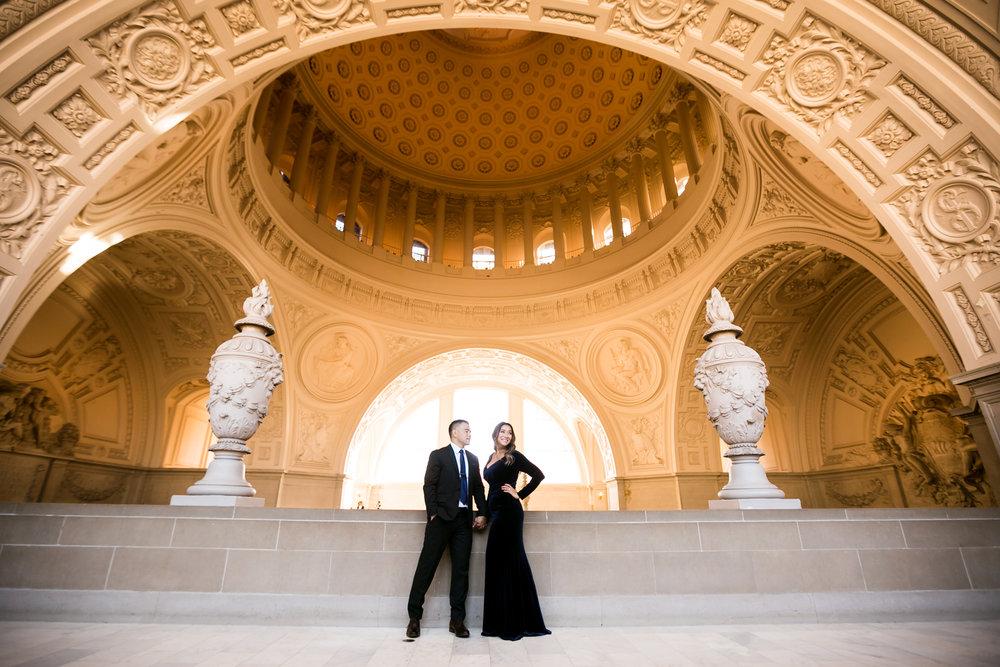 LE-San-Fransisco-City-Hall-Engagement-0002.jpg