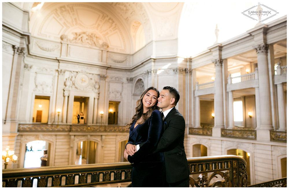 San-Francisco-City-Hall-PhotographySan-Francisco-City-Hall-Engagement-Photography