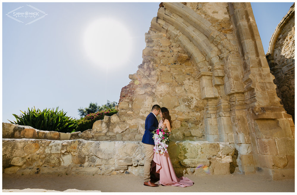 CJ-Mission-San-Juan-Capistrano-Engagement-Photography-2.jpg
