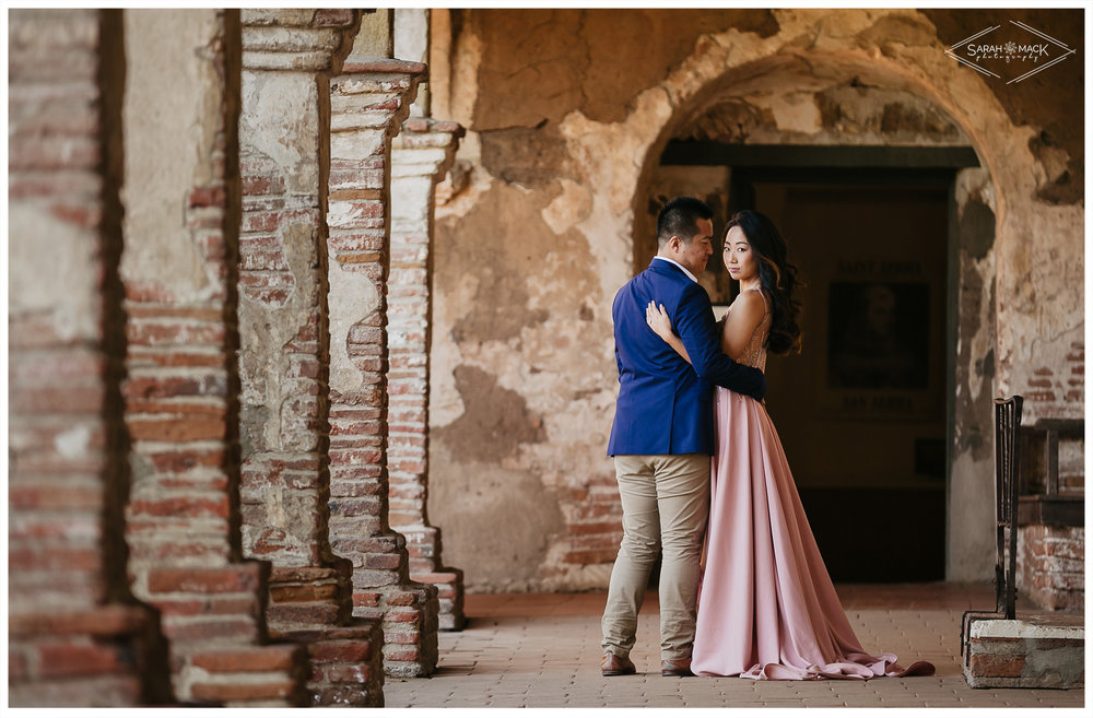 CJ-Mission-San-Juan-Capistrano-Engagement-Photography-7.jpg