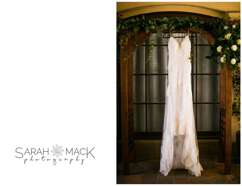 EC_Plaza-De-Magdalena-San-Juan-Capistrano-Wedding-Photography-1.jpg
