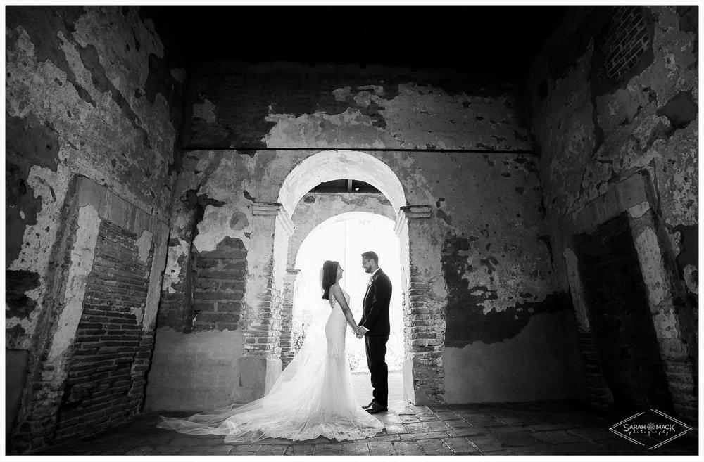 EC_Plaza-De-Magdalena-San-Juan-Capistrano-Wedding-Photography-27.jpg