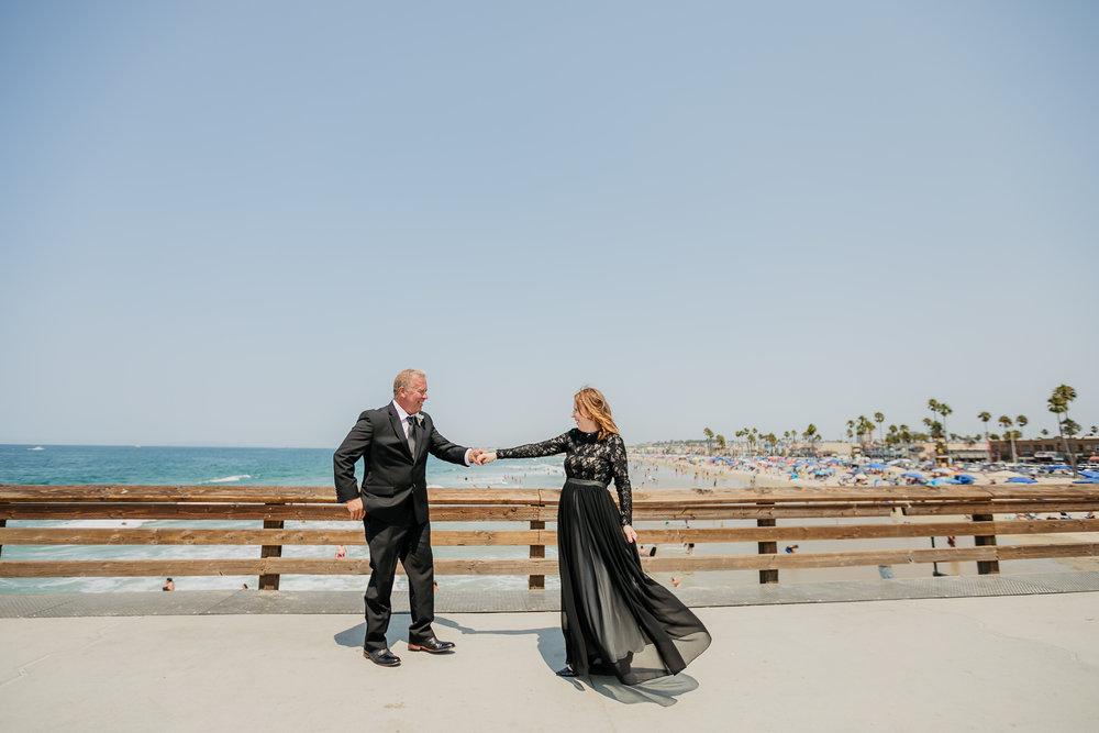 LM-Newport-Beach-Pier-Intimate-Wedding-Photography 156.jpg