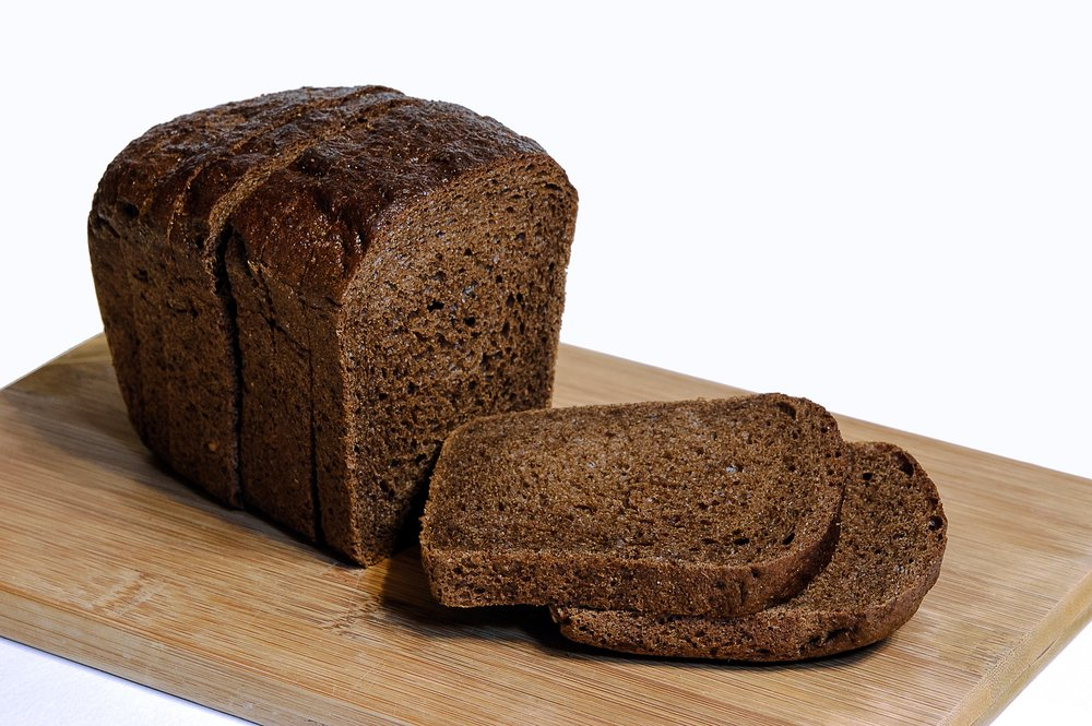 Rye bread. (Retrieved from Pixabay.com)