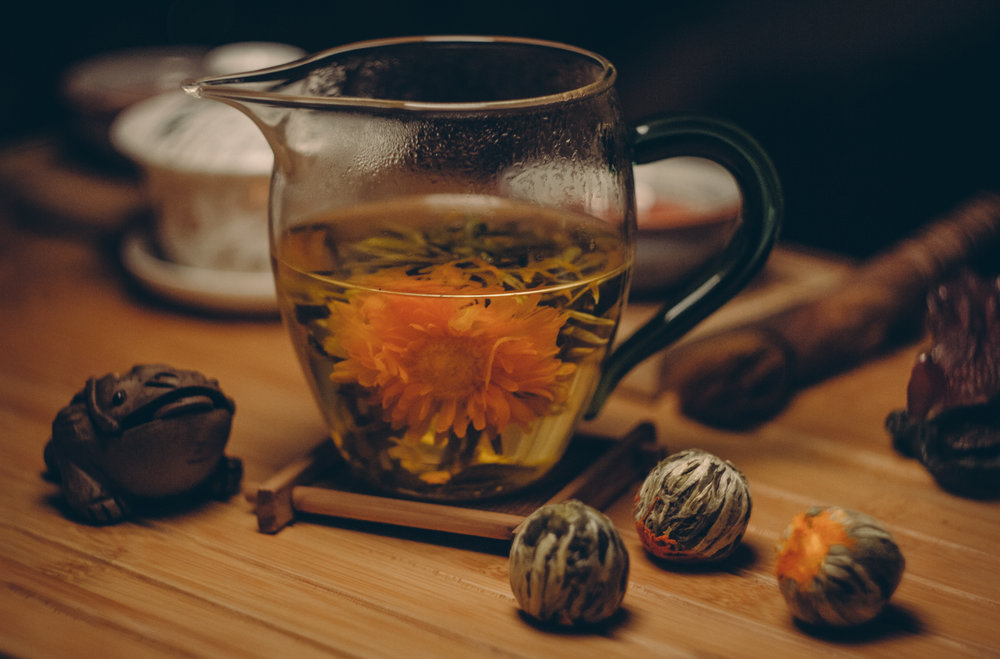 Blooming Red Flower Jasmine tea. Sourced from Pexels.com.