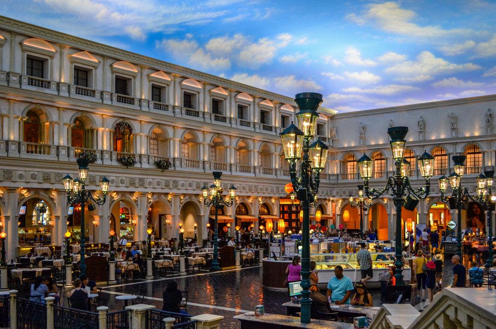 Shops and restaurants in the Venetian