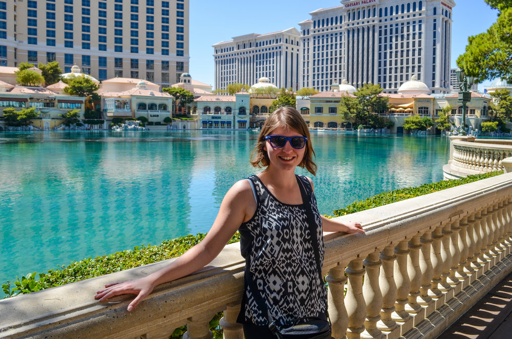 Mrs. Nerd standing by the Fountains of Bellagio