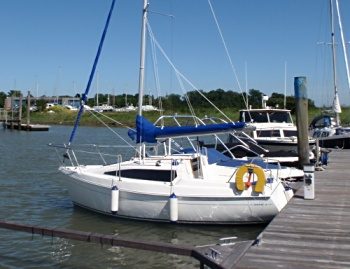 leisure-18-moored.jpg