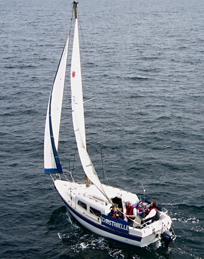 leisure-22-sailing.jpg