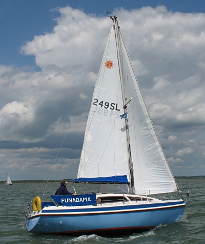 Leisure 23SL 'Funadama' sailing in the Blackwater