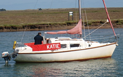 Leisure 23 'Katie' sailing in the Crouch