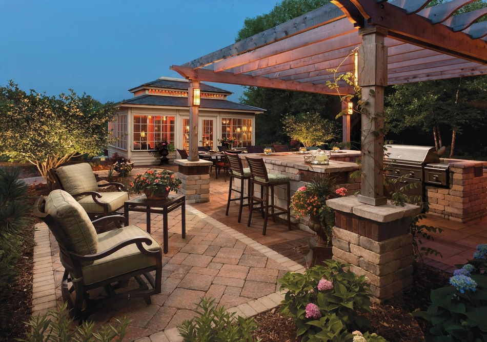 Stunning outdoor kitchen landscape design in Sharon MA