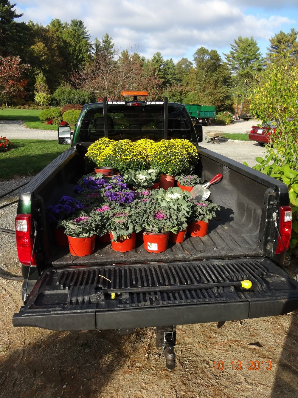 Commercial landscape maintenance services in Sharon Massachusetts