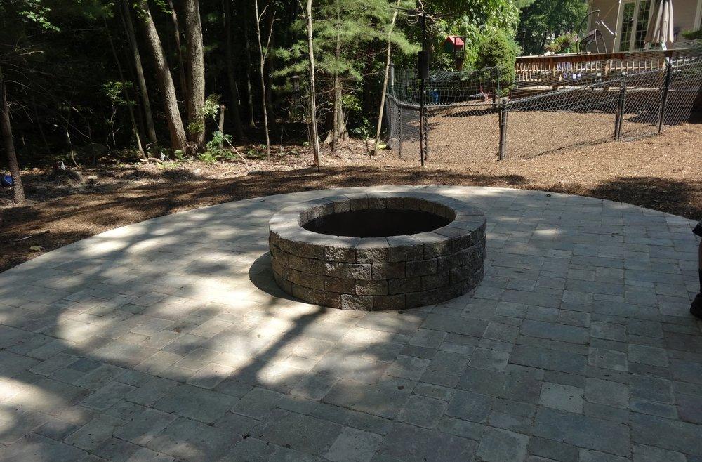 5 Installation Tips for Circular Patios in Chestnut Hill, MA