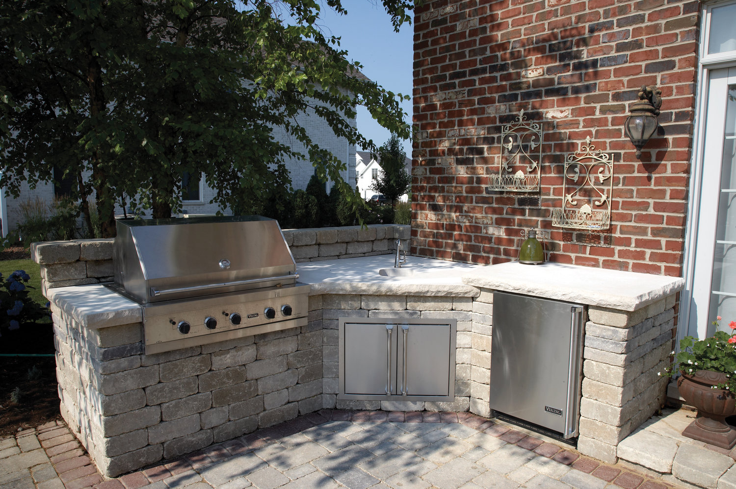 The 3 Best Outdoor Kitchen Designs For Small Sudbury Ma Backyards Wenzel Inc
