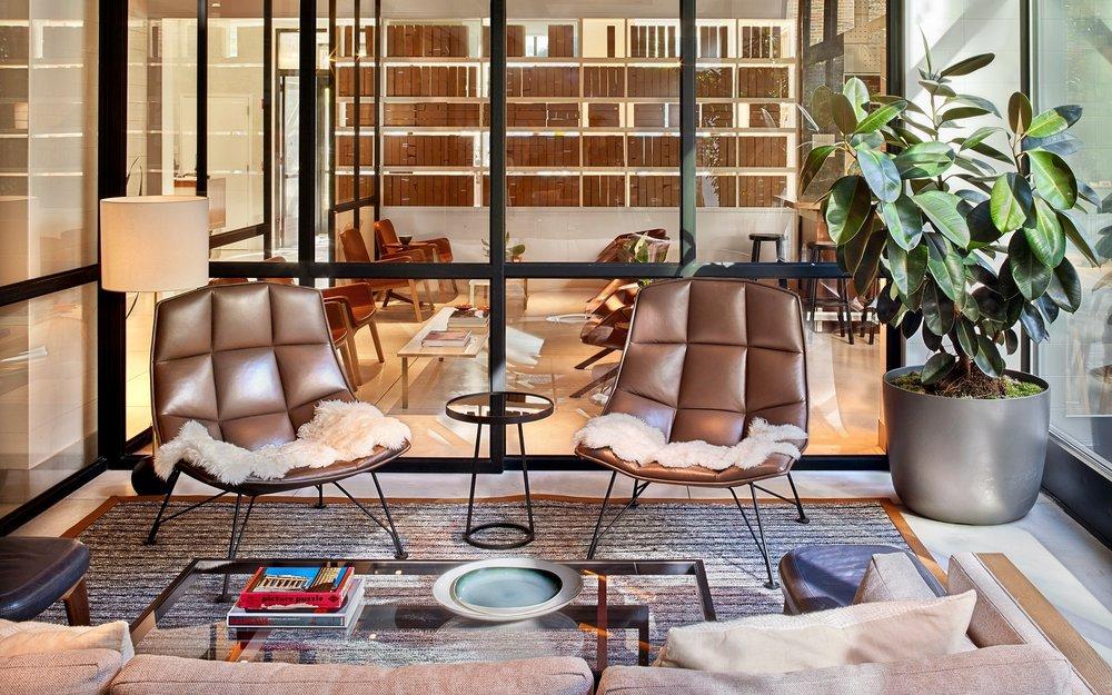 11-arlo-hudson-square-living-room-conversation-nook-1600x1000.jpg