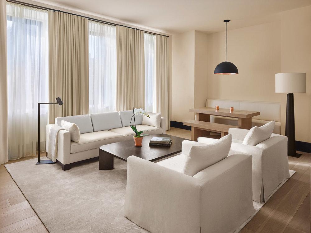Park-Suite-living-room-1870x1400-1.jpg