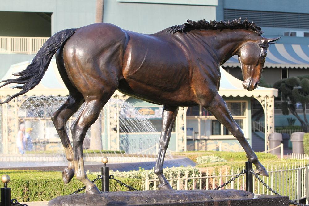 horse-statue-bronze-sculpture-zenyatta
