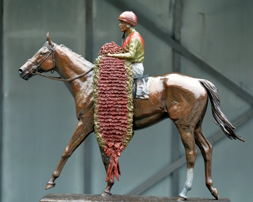 bronze-horse-statue-equine-sculpture-animal-kingdom