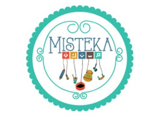 Misteka Foods - i   s a brand specializing in creating Mediterranean inspired desserts, snacks and meals while offering economic opportunities to refugees and underprivileged minorities. It's in the core of their business also to partner with organizations supporting good causes.