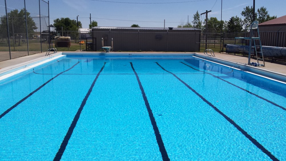 Dutton Swimming Pool