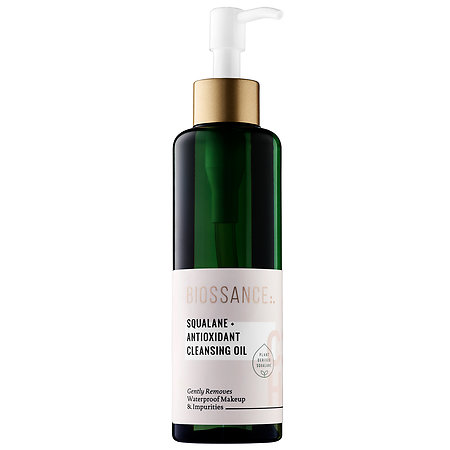 Biossance Squalane + Antioxidant Cleansing Oil - a makeup melting, skin soothing, ultra hydrating cleansing oil! Here